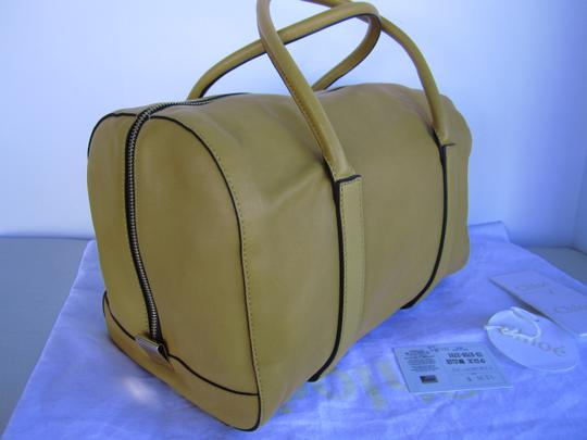Chloé Pebbled Leather Satchel in yellow Image 1