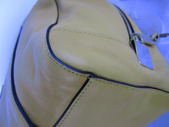 Chloé Pebbled Leather Satchel in yellow Image 5