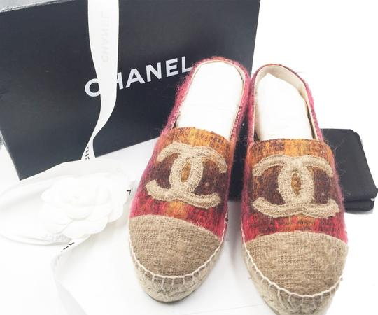 Chanel Beige, red Flats Image 2