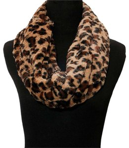 Other Leopard Print Infinity Fur Scarf