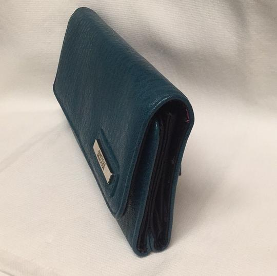 Kenneth Cole Reaction Flap Wallet Image 1