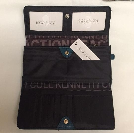 Kenneth Cole Reaction Flap Wallet Image 3