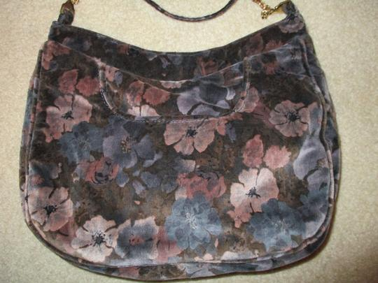 Carpetbags of America Velvet Velour Floral Shoulder Bag Image 2