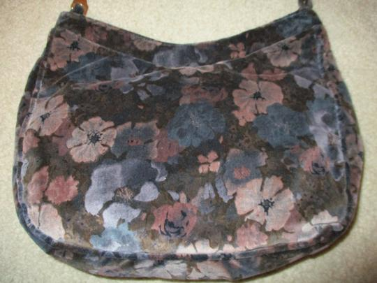 Carpetbags of America Velvet Velour Floral Shoulder Bag Image 3