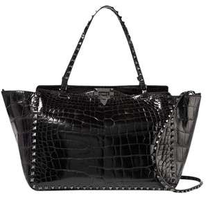 Valentino Rockstud Tote in Black crocodile