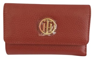 Tommy Hilfiger Lucky Charm Pebbled Leather