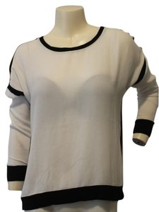 Neiman Marcus Pullover Size Small Top