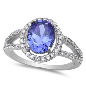 9.2.5 Gorgeous tanzanite and white sapphire royal cocktail ring size 8