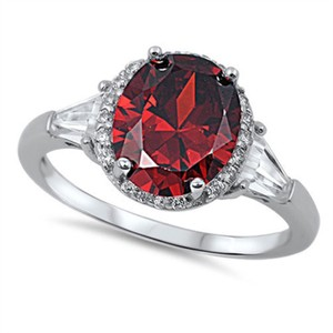 9.2.5 Amazing red garnet and white topaz royal cocktail ring size 8