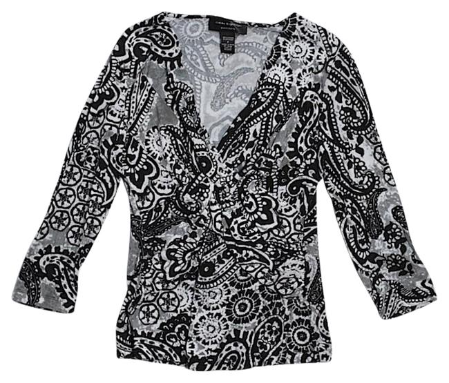 Preload https://img-static.tradesy.com/item/20132443/cable-and-gauge-paisley-print-v-neck-blouse-size-petite-2-xs-0-1-650-650.jpg