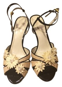 Liz Claiborne Beige and Black Wedges