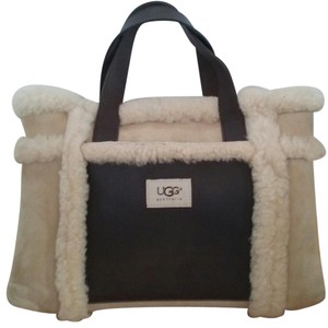 UGG Australia Winter Sheepskin Shearling Pockets Tote in Chamois and Brown