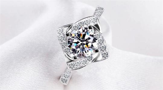 Preload https://img-static.tradesy.com/item/20133968/silver-and-aaa-zircon-engagement-for-women-ring-0-0-540-540.jpg