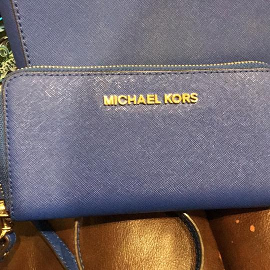 MICHAEL Michael Kors Cross Body Bag Image 1