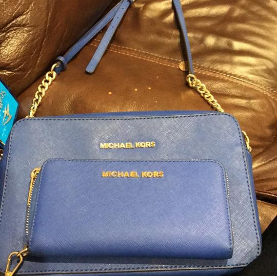 MICHAEL Michael Kors Cross Body Bag Image 8