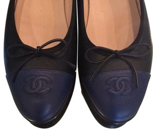 Chanel Black/Navy Blue Flats