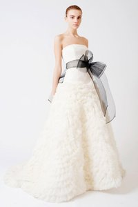 Vera Wang Eleanor Vera Wang Couture Dress Wedding Dress