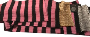 Gucci Gucci cashmere/wool black and pink striped scarf