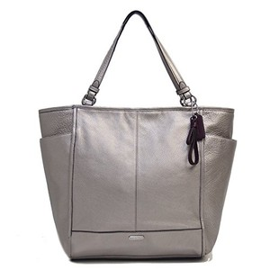 Coach Park North South Tote/handbag Pebbled Tote in Pewter