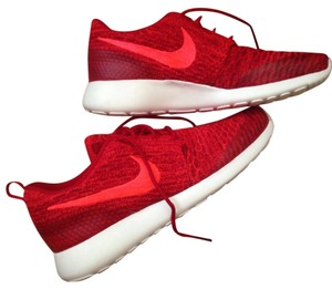 Nike Flyknit Roshe Red Athletic