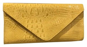 JJ Winters Yellow Clutch