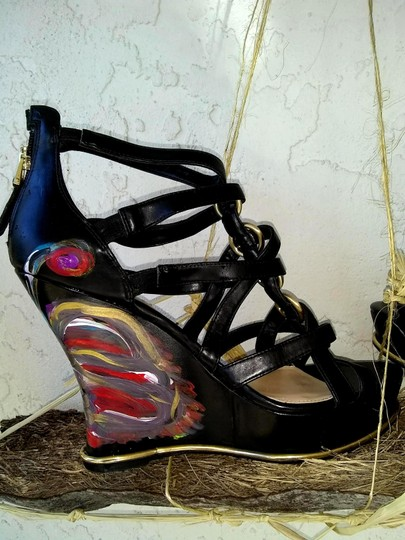 Guess Hand Painted Artisan Black Wedges Image 6