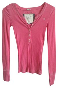Abercrombie & Fitch Buttons T Shirt Pink