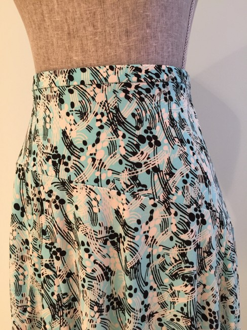 Other Summer Size Small Size 6 Flair Skirt Aqua/White/Black Image 2