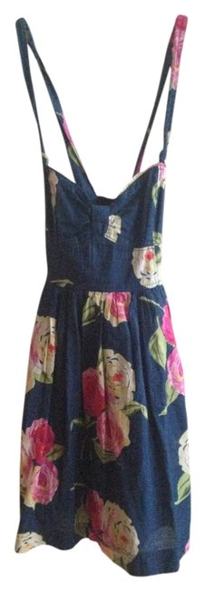 Preload https://item5.tradesy.com/images/abercrombie-and-fitch-navy-blue-floral-summer-cotton-sweetheart-mini-short-casual-dress-size-0-xs-2013759-0-0.jpg?width=400&height=650
