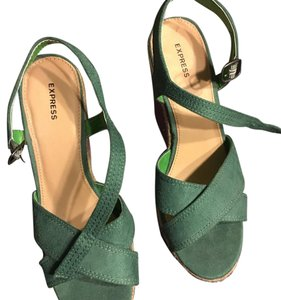 Express Green and purple. Wedges