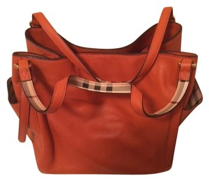 Burberry Haymarket Prorsum Canter Tote in BURNT AMBER