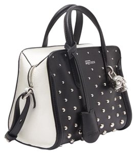 Alexander McQueen padlock tote and Crossbody handbag Tote in black and white