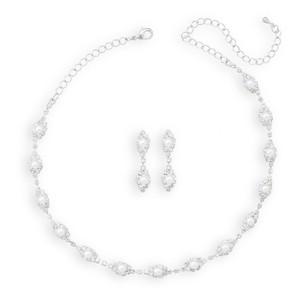 Elegant Marquise Crystal And Simulated Pearl Necklace And Earring Set