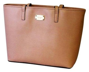 Michael Kors Leather Jet Set Item Tote in BLOSSOM