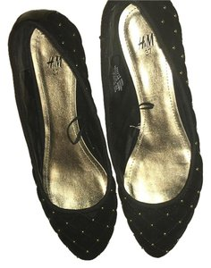 H&M Black and gold Flats
