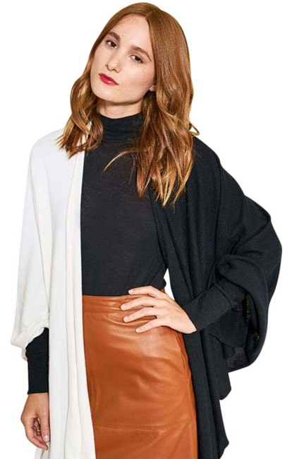 Black and White Wrap Poncho/Cape Size OS (one size) Black and White Wrap Poncho/Cape Size OS (one size) Image 1