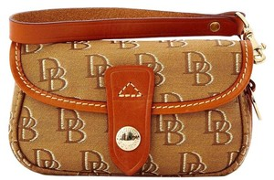 Dooney & Bourke & Handbag Clutch Blue Wristlet in brown