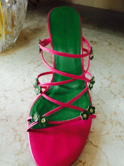 Tommy Hilfiger Pink With Flowers Sandals