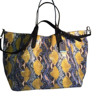 Cole Haan Tote in Blue/yellow