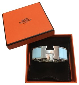 Herms Sold-out Hermes Brand New Clic Clac H Bracelet In Baby Blue