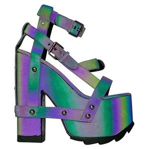 YRU New16 Newsep16 Multi/Print Sandals