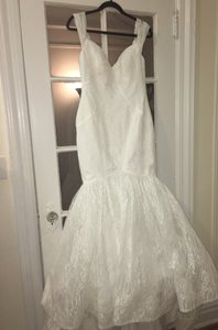 Zac Posen Truly Zac Posen Lace V Back Wedding Dress Wedding Dress