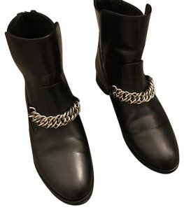 Elizabeth and James Chain Moto black Boots