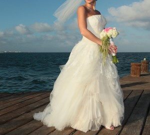 Vera Wang Vera Wang Eliza Wedding Dress