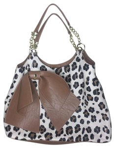 Betsey Johnson Tote in Brown