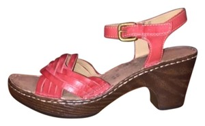 Naturalizer Martha Leather Red Pepper Sandals