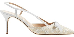 Manolo Blahnik Kitten Heel Slingback Wedding White, Beige Pumps