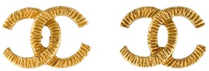 Chanel Vintage CC Logo Textured Gold Classic GHW Clip On Ear Clips Jumbo