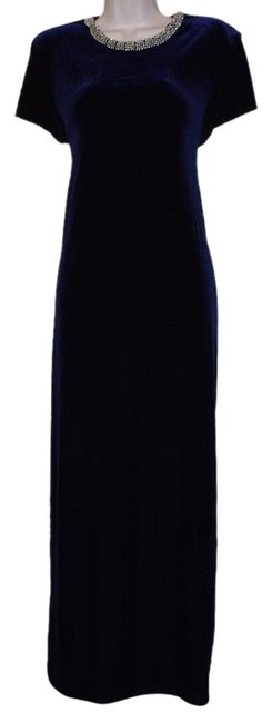 Item - Navy Blue Silver Neckline Velvet Evening Gown Size:14 Long Formal Dress Size Petite 14 (L)
