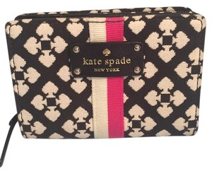 Kate Spade Byfold Canvas